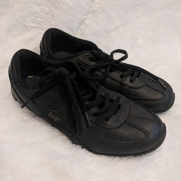Shoes For Crews Non Slip Shoes For Restaurant Job